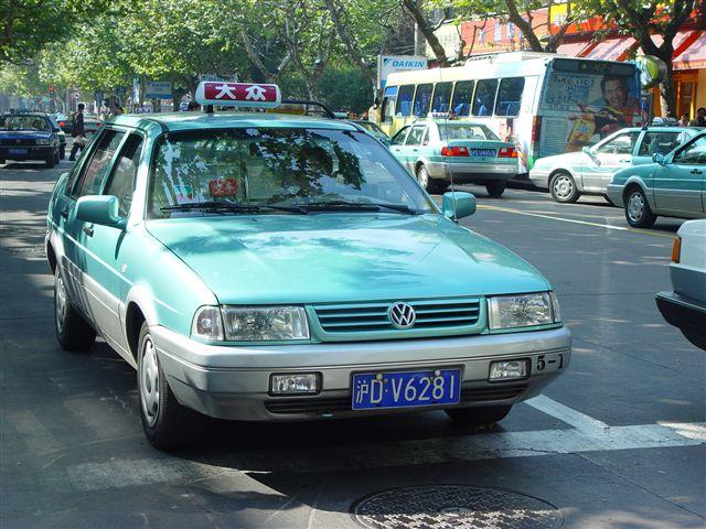 http://www.wangjianshuo.com/personal/places/shanghai/shanghai-dazhong.taxi-head.jpg